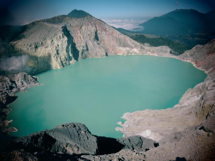 figura 2_laghi vulcanici