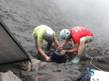 Stromboli installazione stazione sismica Braun_low