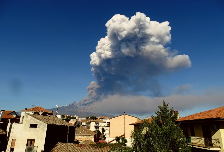 Nube eruttiva del 24 dic 2018 figura 3