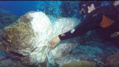 1 - INGV - campionamento di gas vulcanici in fumarola sottomarina