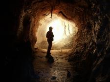 17 - INGV - rilevamento speleologico